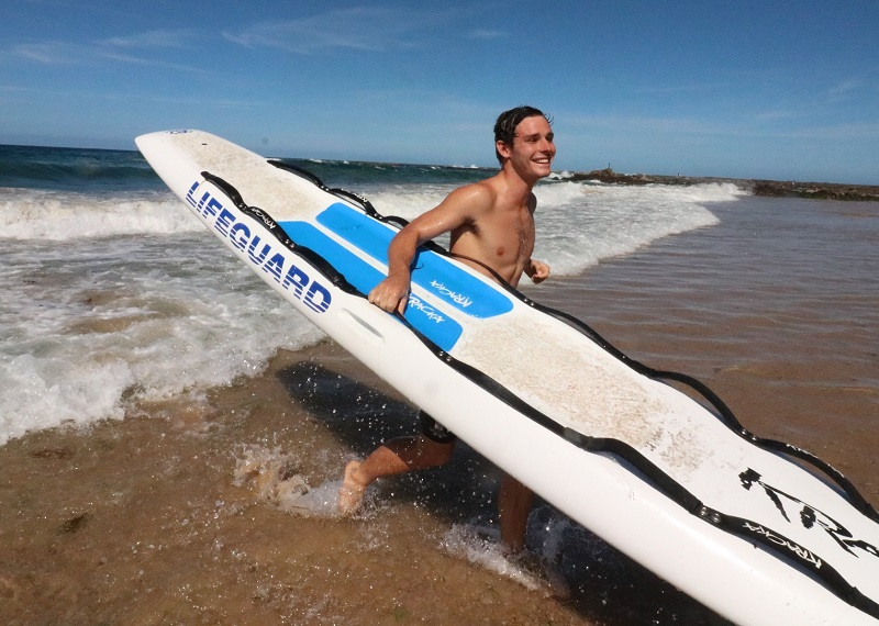9d327bb57f63 Lifeguards save 100 in busiest season to date - City of Newcastle